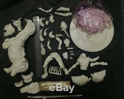 1/8 Predator Riding Alien Horse Model Figure Unpainted Unassembled Resin Kit 14