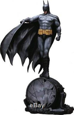Batman Dark Knight Superhero Figure Model Resin Kit Unpainted Unassembled 1/6