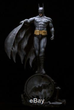 Batman Luis Royo Fantaisie Art Dark Knight 1/6 Unpainted Figure Modèle Résine Kit