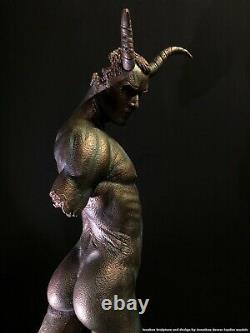 Erotic Nu Mâle Torse Statue Démon Jaydee Modèles Sculpture Jonathan Dewar