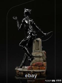 Iron Studios Dccbat39120-10 Catwoman Resin Statue Model Figure Batman Returns