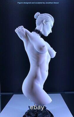 Nu Érotique Femelle Torso Statue Jaydee Modèles Sculpture Jonathan Dewar