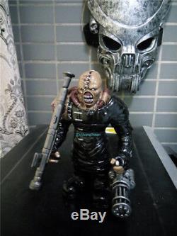 Resident Evil Nemesis Figurine Résine Statue Modèle Peint 17cm H Pu Collection
