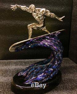 Rétrécissement Modèle 1/10 Silver Surfer Statue Résine Hero Figure Electroplatin